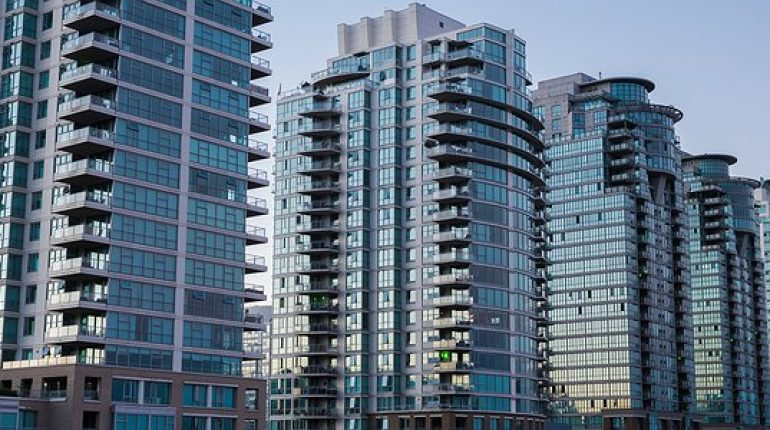 Why living in a condo unit is good?